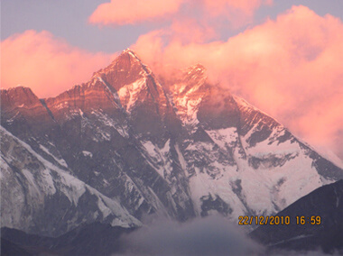 Sunset on Sagarmatha (photo: Aroon Raman)