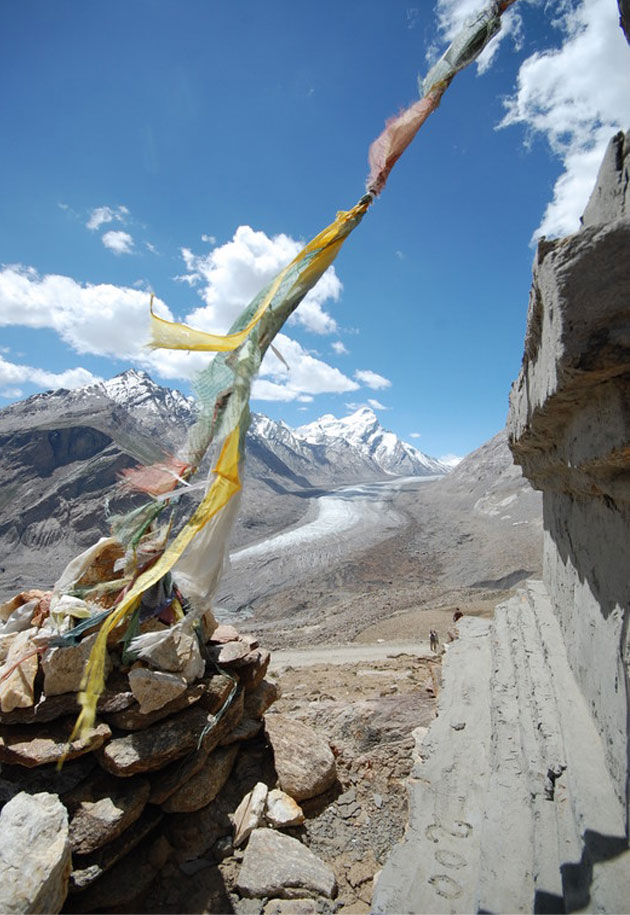 Prayer Flag at pass of Pense La, Ladakh
